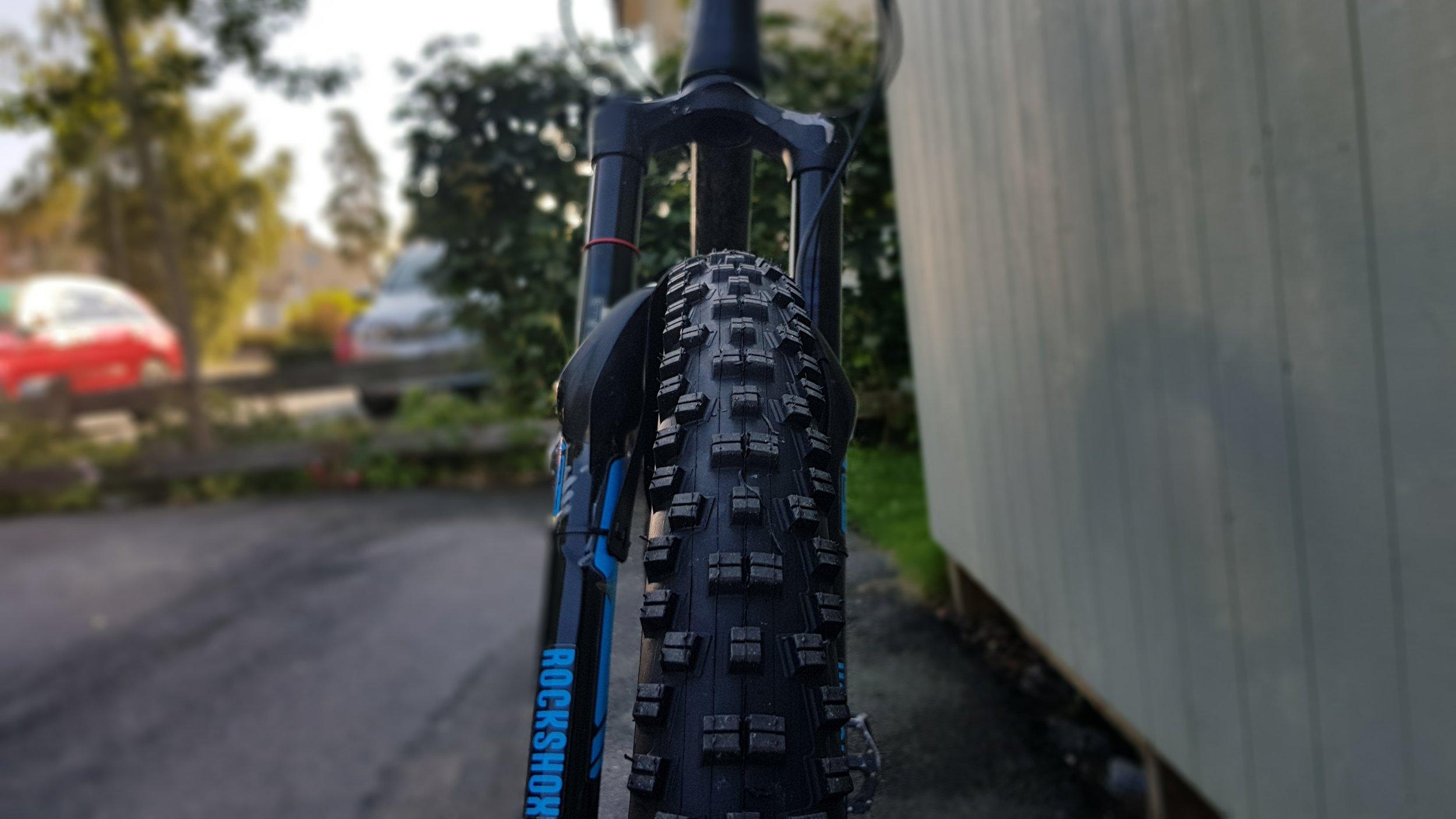 Front wheel thread