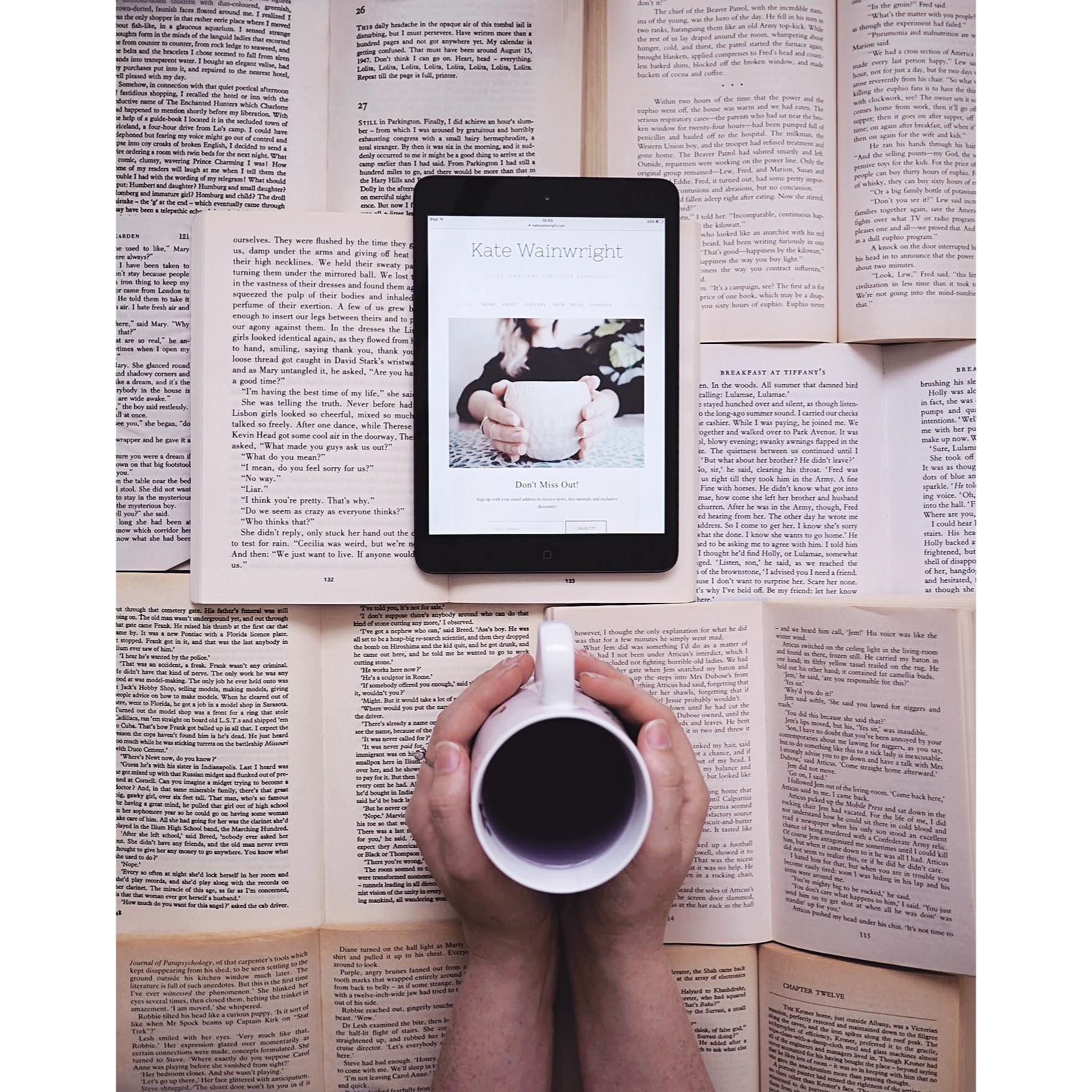 Kate Wainwright |Books and tea