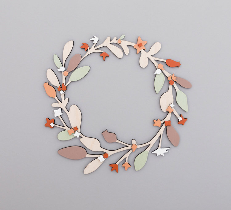 Anna-Wiscombe-large-wreath.jpg
