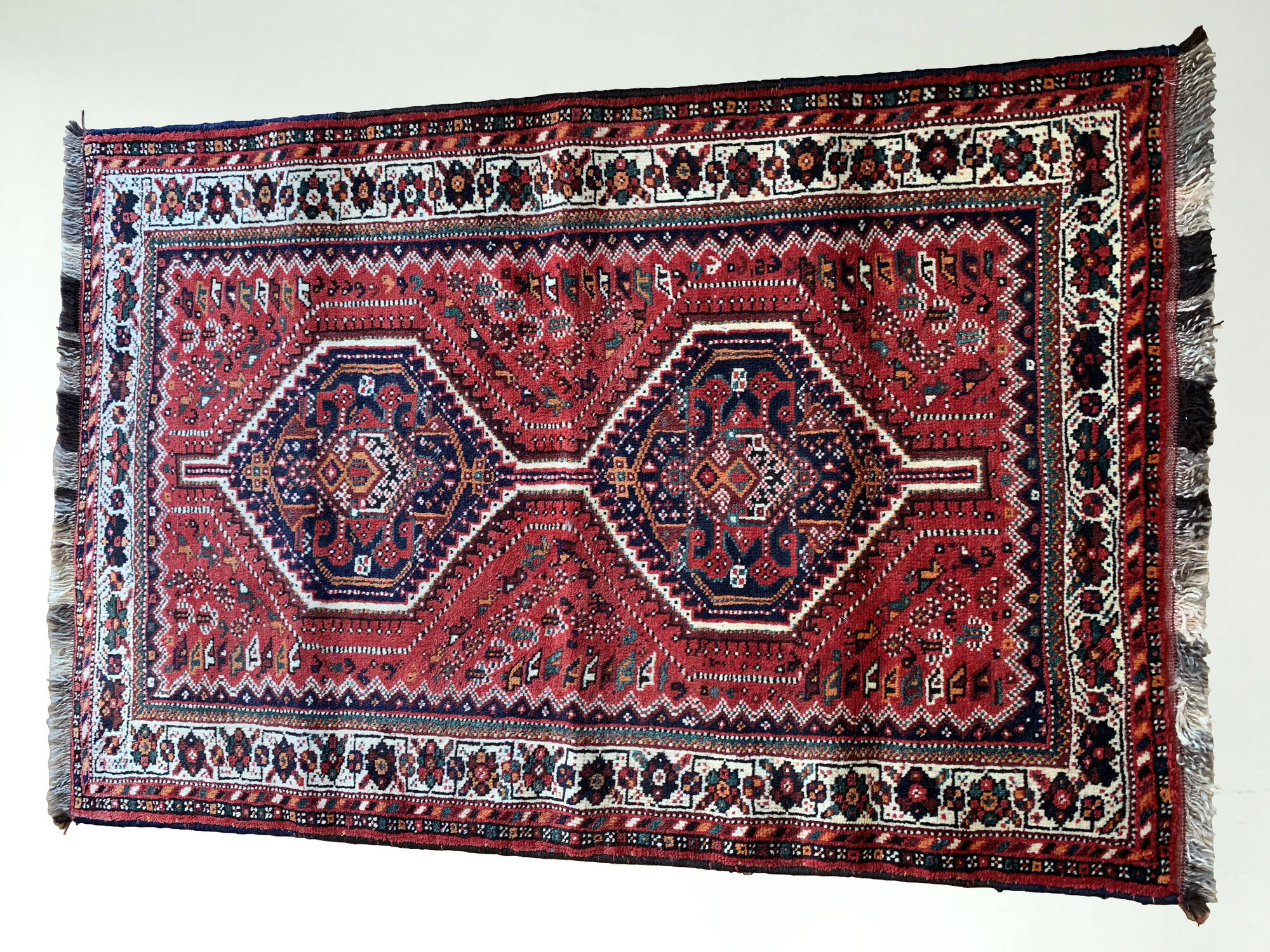 Shiraz, Rug, Persian Rug, Carpet, Persian Carpet, Gift Guide, Christmas