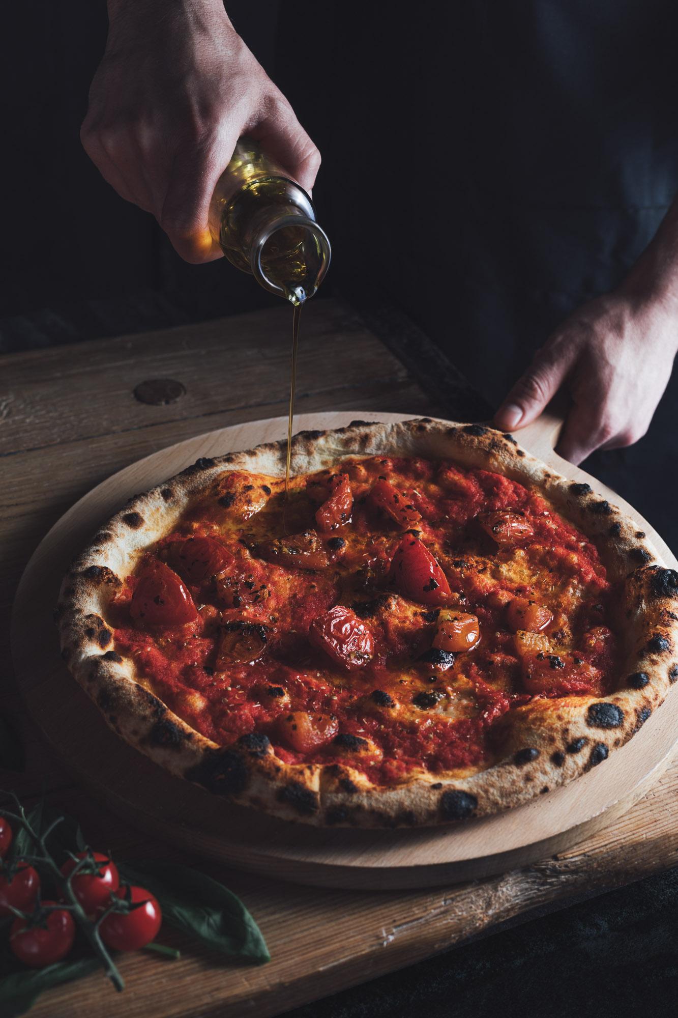 Authentic Neapolitan Marinara Pizza at The Betsey Wynne pub and restaurant in Swanbourne near Milton Keynes.jpg