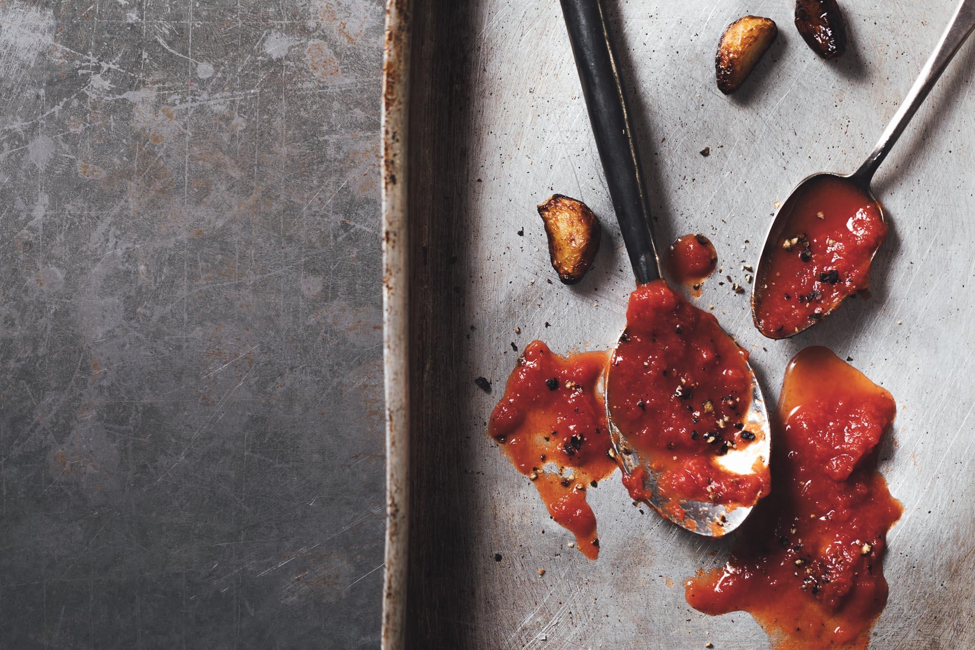 Marzanino Tomatos Sauce Espositor Neapolitan Pizza Oakman Inns.jpg