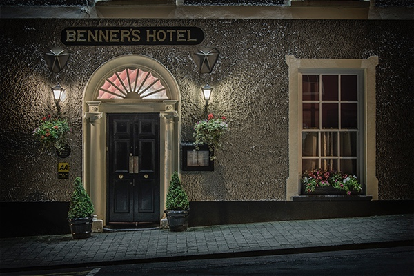 The understated entrance to Benner's Hotel