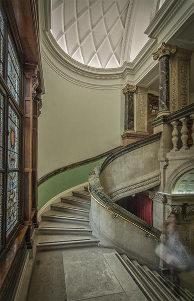 Love that Connemara green marble...