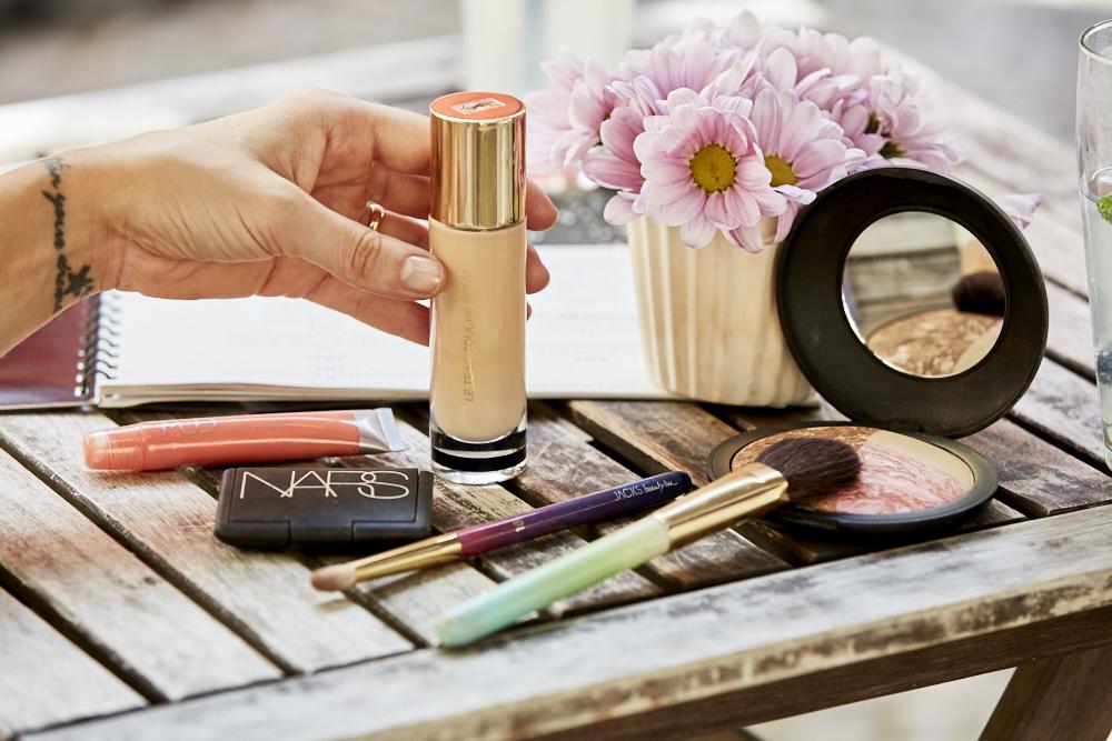 Make_up_Produkte_YSL_NARS_JACKSbeautyline_MUD_LAURA_Geller