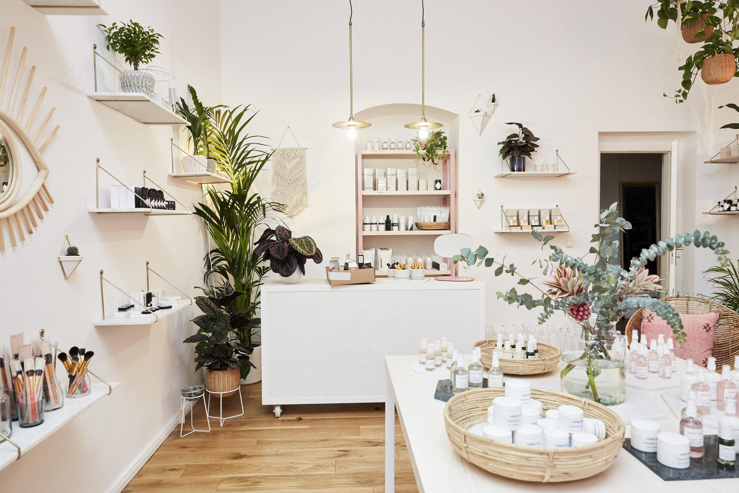 Lovelyday_Botanicals_BeautyStudiio_Berlin_Emserstrasse