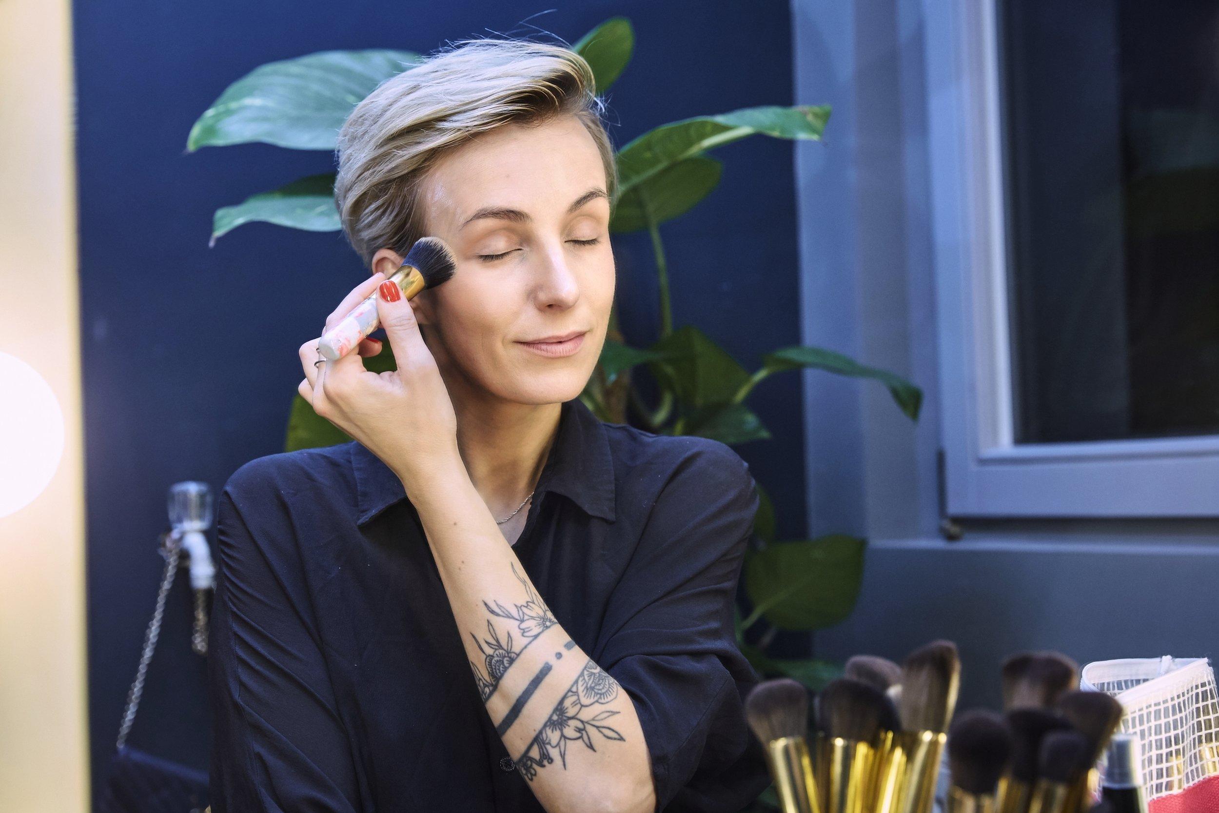 Make-up_Foundation_Pinsel_Jacks.jpg