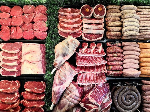 Stoneleigh's ready for the bank holiday weekend, are you? 🥩 . . . #butchersofinstagram #meat #food #bbq #foodporn #keto #dinner #passion #cobham #weybridge #surrey #stoneleighscobham #stoneleighsweybridge #beef #lamb #sausage #lovewhatyoueat #shoplocal #butchersdisplay