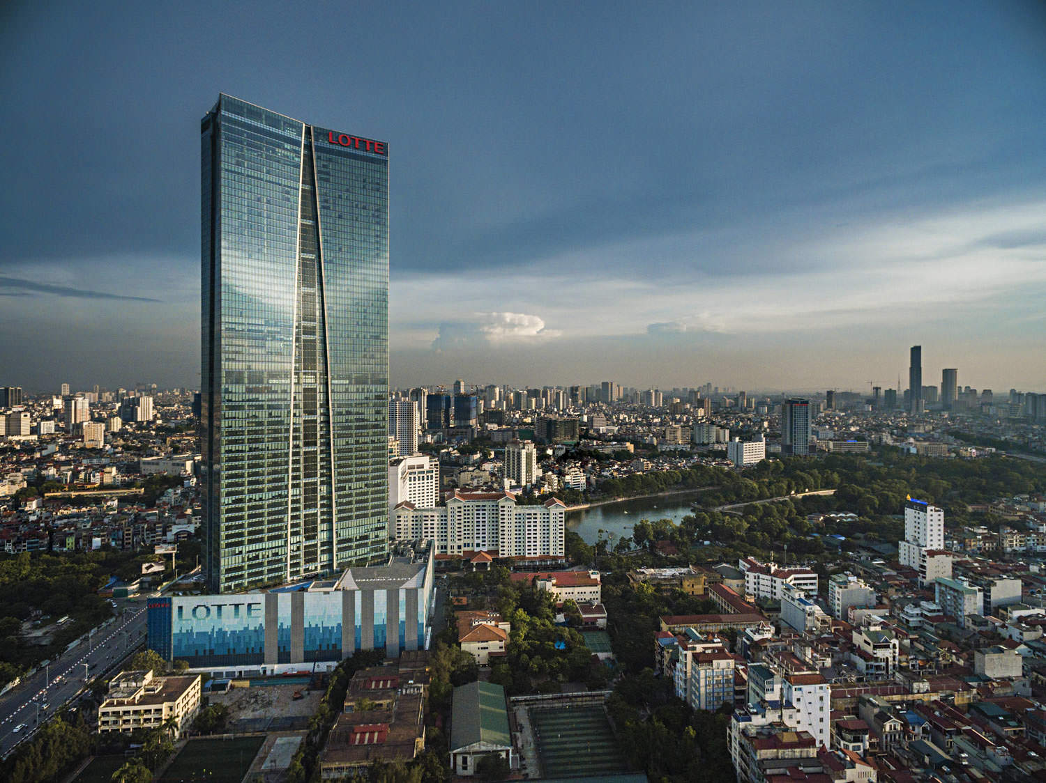 Aerial view of the Lotte Tower in Hanoi | Architecture photographer in Vietnam | Francis Roux Porfolio