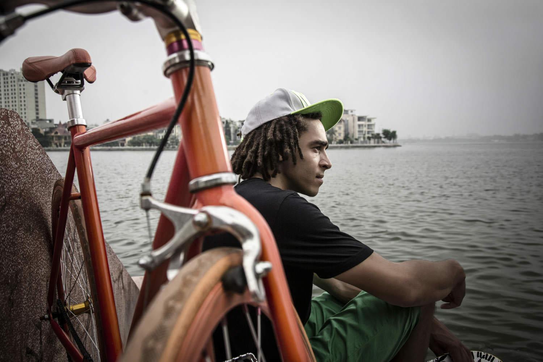 Environmental portrait photographer in Vietnam | Francis Roux Portfolio