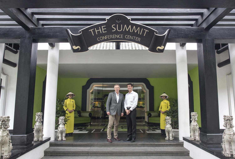 Corporate portrait of Tony Blair in InterContinental Danang Sun Peninsula Resort | Vietnam corporate photorapher in Vietnam
