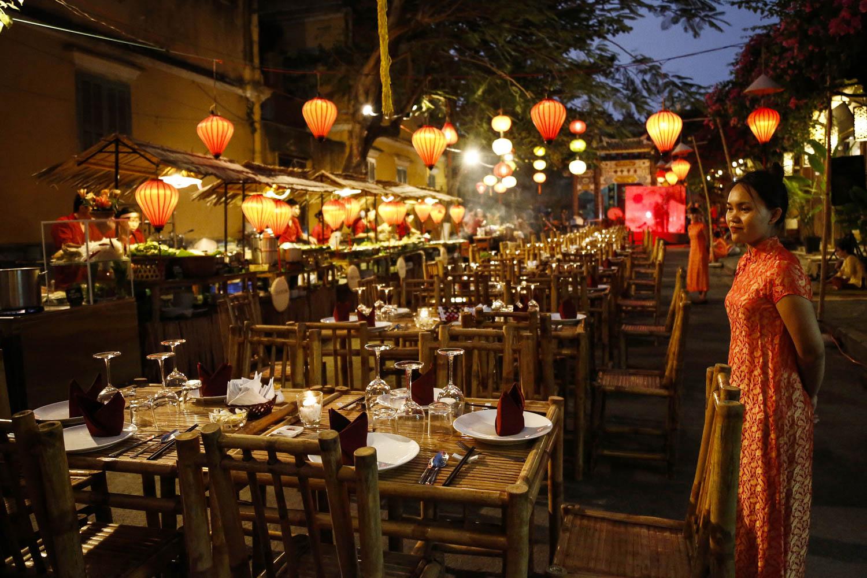 Vietnam-Events-photographer-Francis-Roux-4.jpg