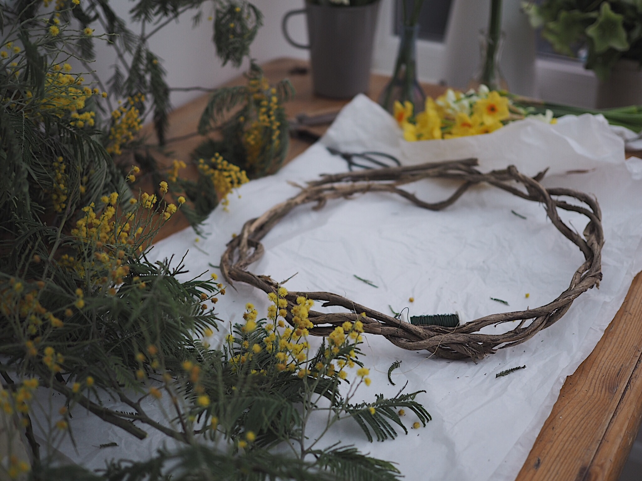 All you need for your DIY spring wreath