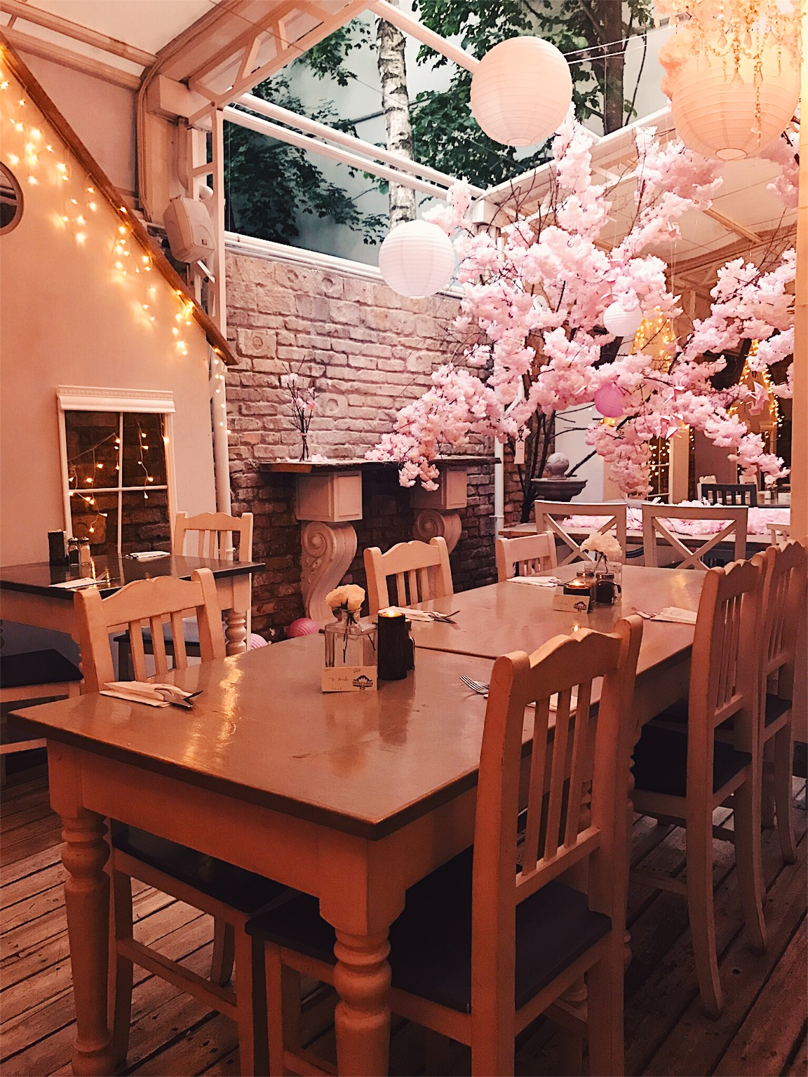 Vintage Garden interior - it was a fairytale!