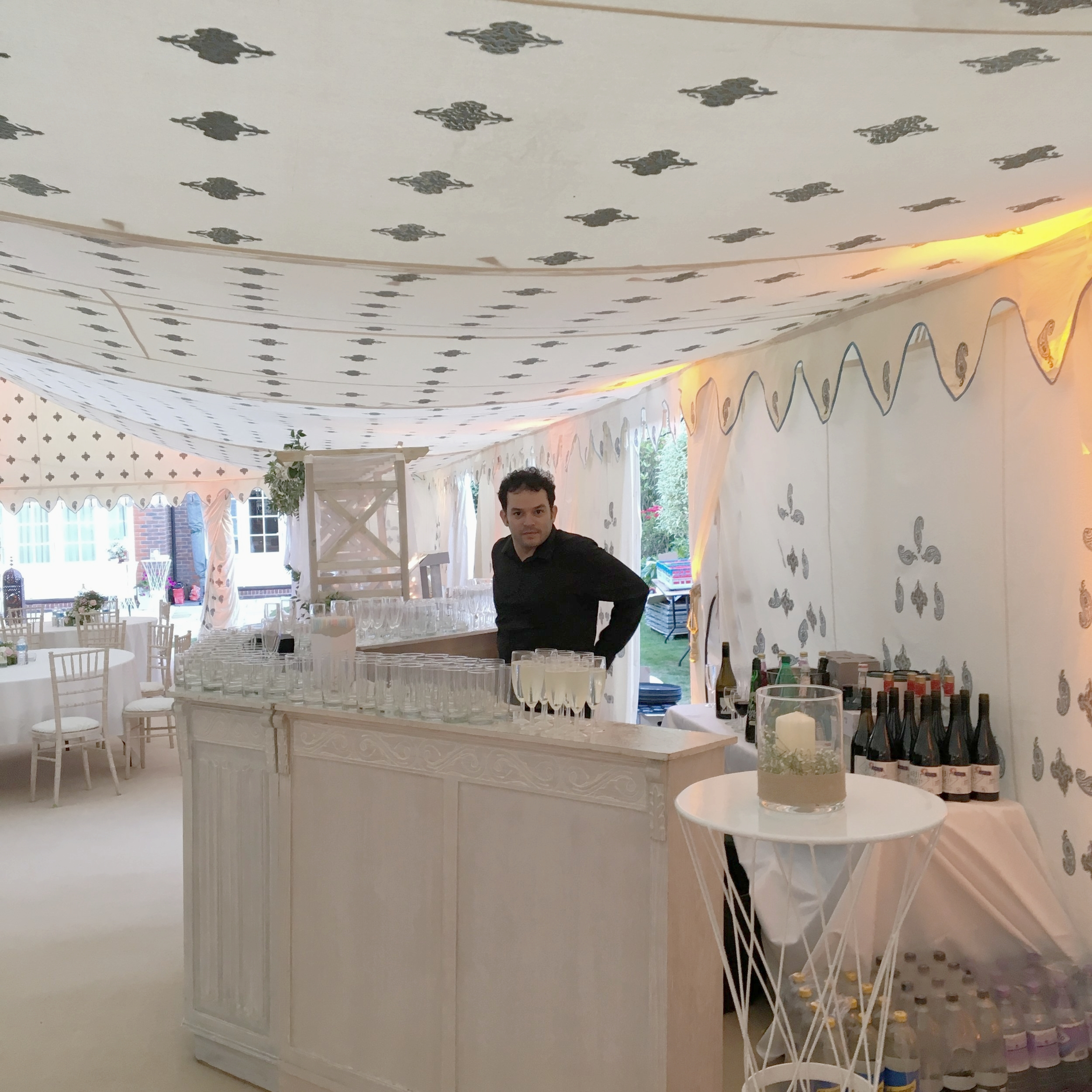 Remy is ready to serve at this massive wedding