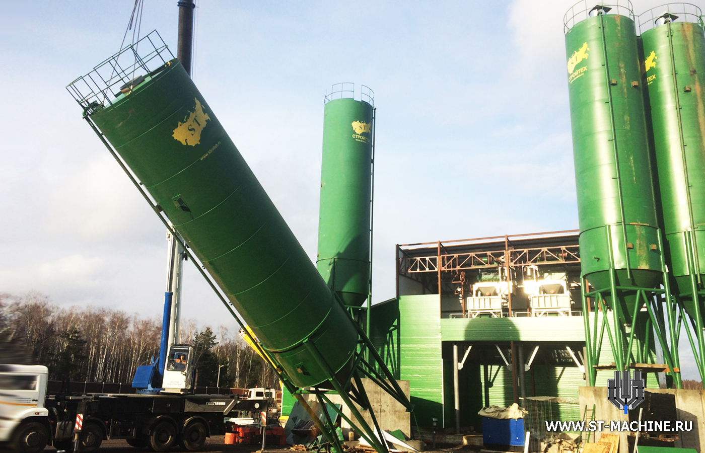 ST concrete plants from russia stmachine.jpg
