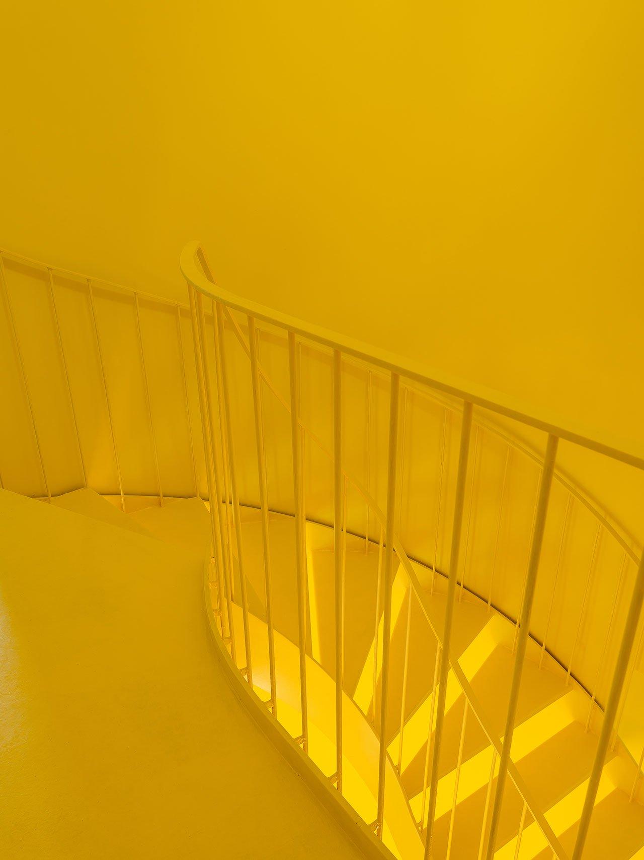 s5_hostel_in_parede_cascais_portugal_aurora_arquitectos_photo_do_mal_o_menos_yatzer.jpg