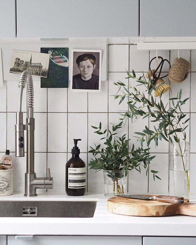 In need of inspiration? Quench aesthetic thirst with this list of our favourite UK interior design blogs. See more in our journal : monboy.co/journal  Photo by : Cate St Hill 💛