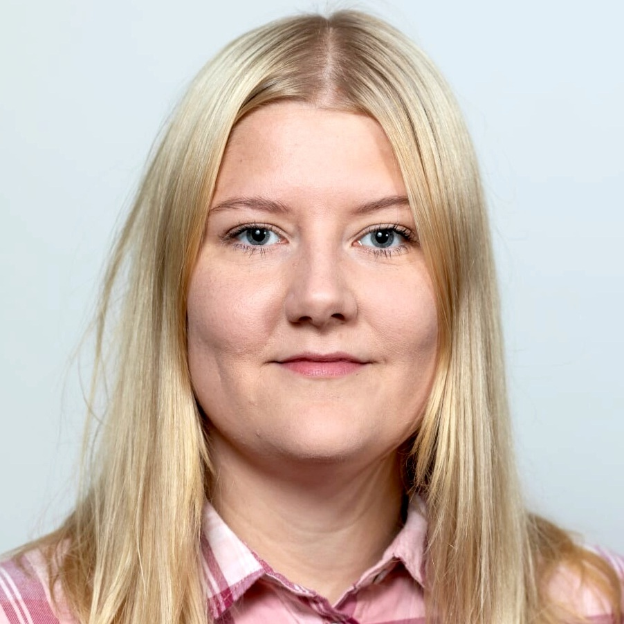 Hi there! - My name is Alexandra Bjargardóttir and I am a growth marketing specialist based in Reykjavík, Iceland.