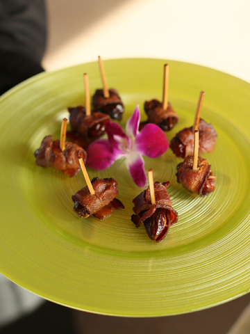 bacon-wrapped-dates.jpg