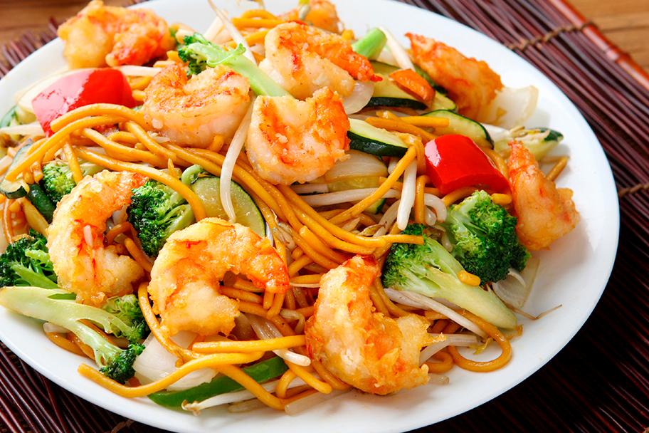 Prepara estos deliciosos camarones salteados con Aceite Gourmet Familia