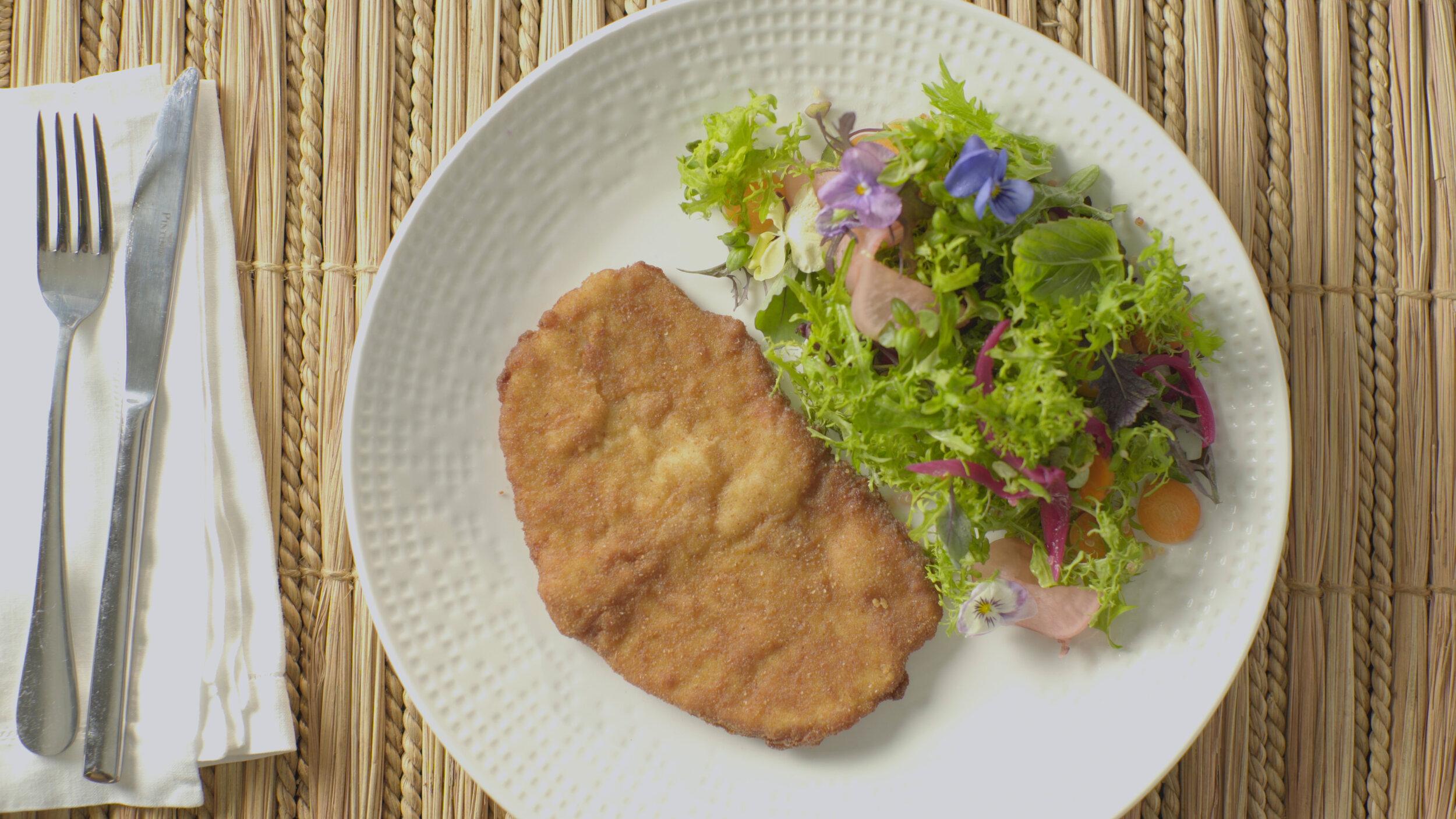 Milanesa de Cerdo  preparada por Isa con la ayuda del chef Koldo Miranda.