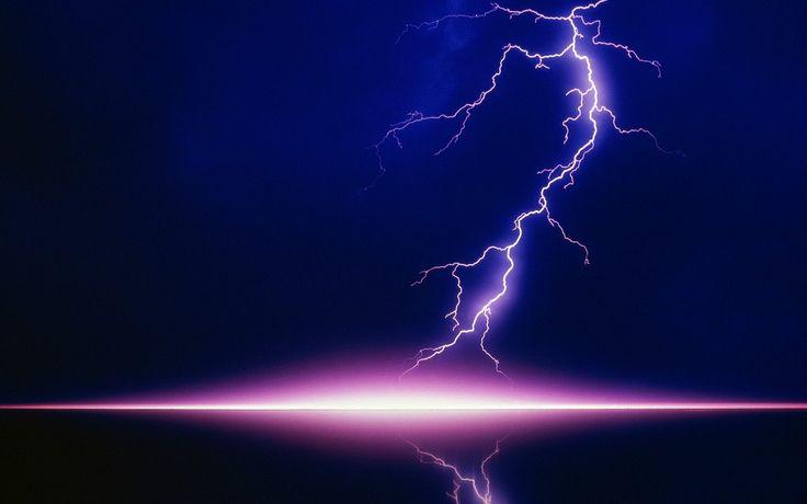 lightning-over-city.jpg