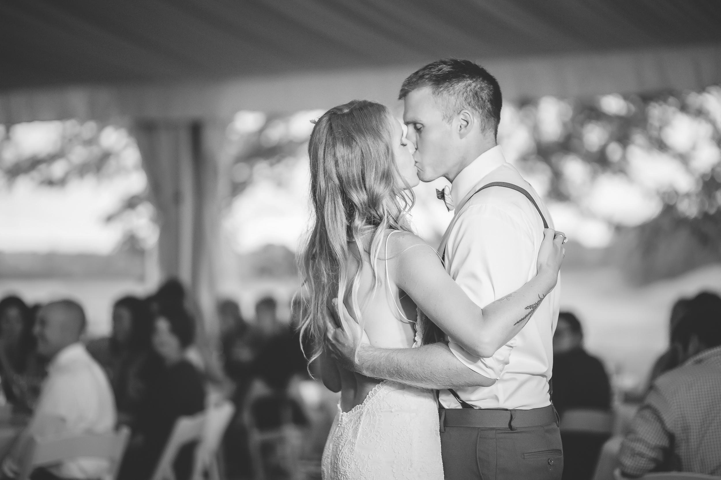 Minneapolis Minnesota Wedding Photographers-87.jpg