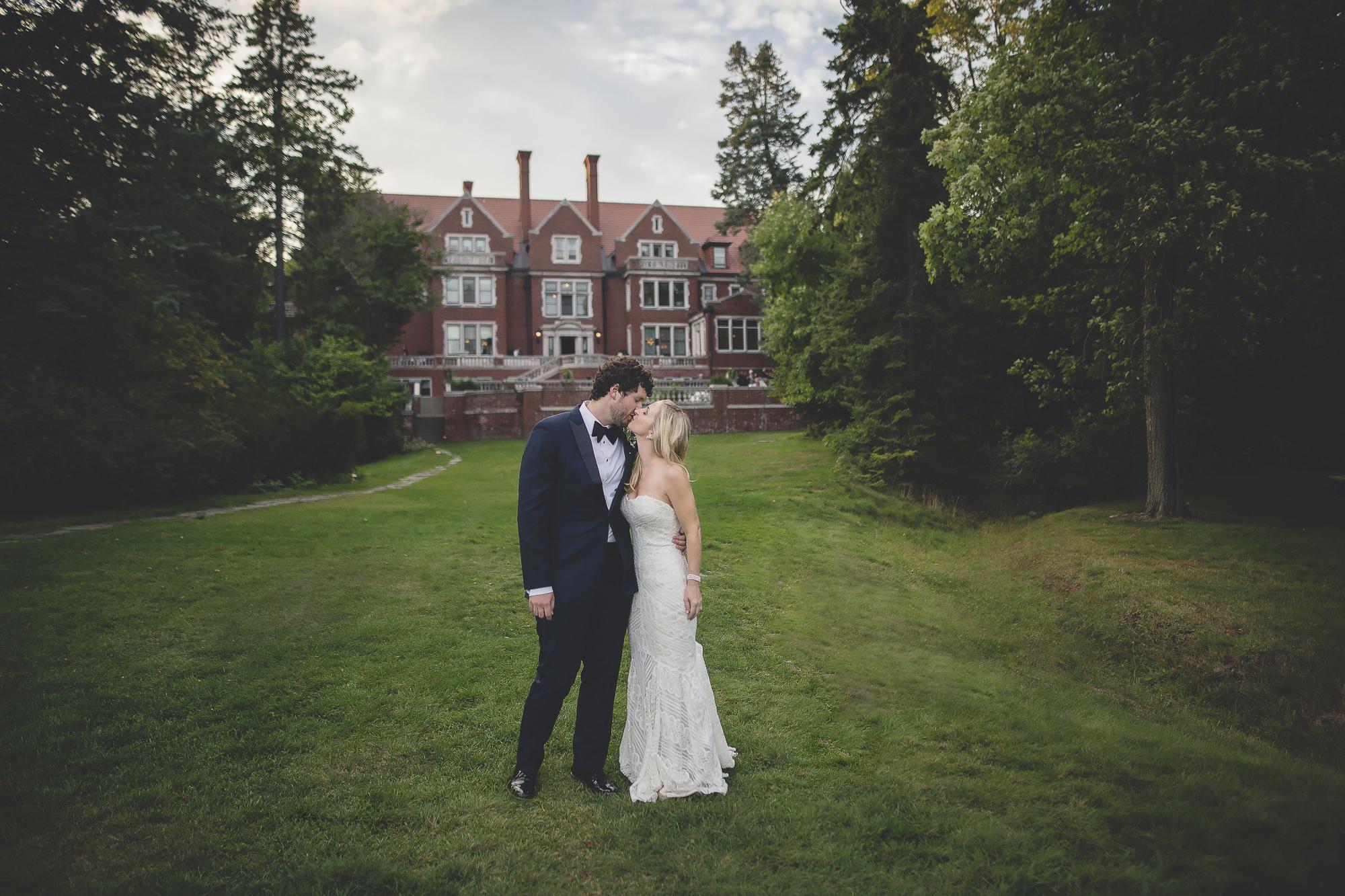 glensheen mansion duluth wedding photography-59.jpg