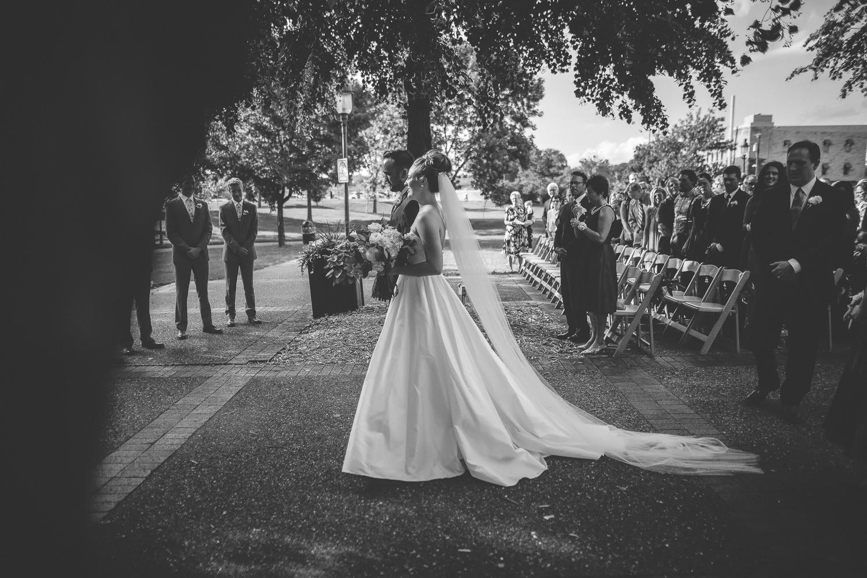 nicollet island pavillion minneapolis wedding-36.jpg