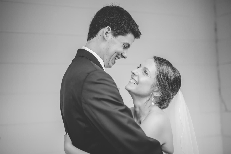 minneapolis wedding photographer-20.jpg
