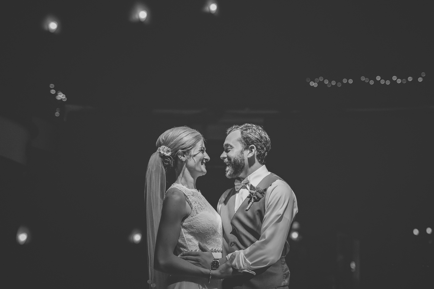 minneapolis wedding photographer-11.jpg
