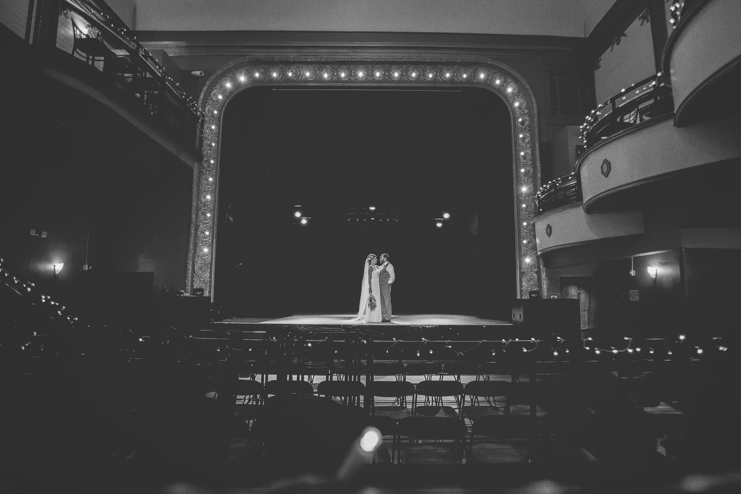 minneapolis wedding photographer-13.jpg