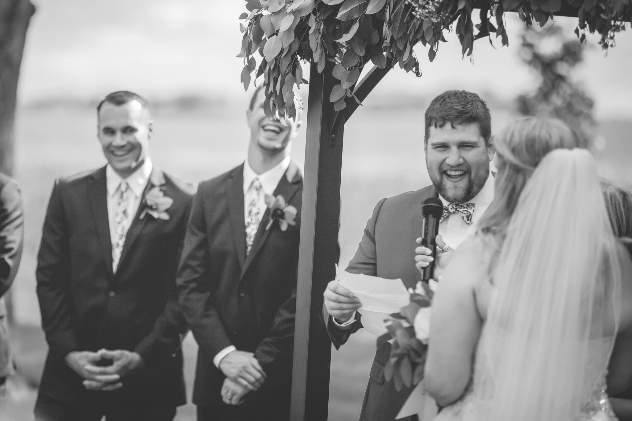 minnesota family farm outdoor wedding photographer-27.jpg