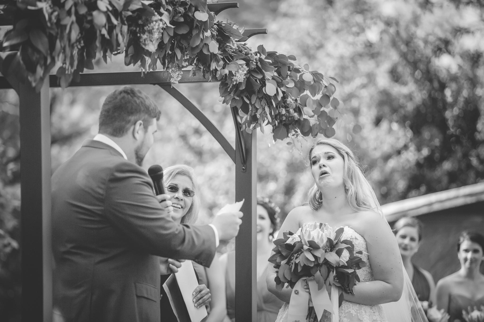minnesota family farm outdoor wedding photographer-28.jpg