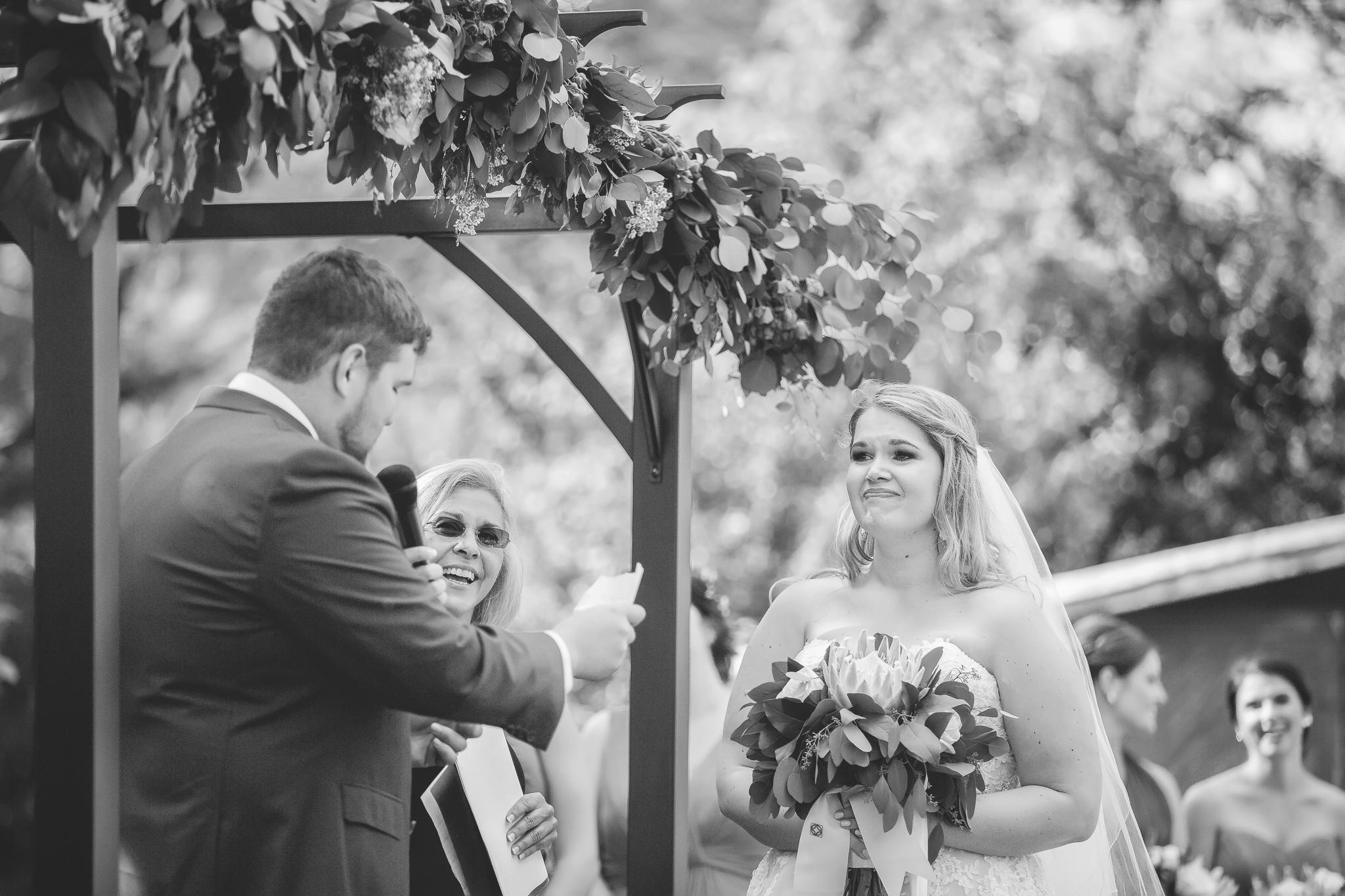 minnesota family farm outdoor wedding photographer-29.jpg