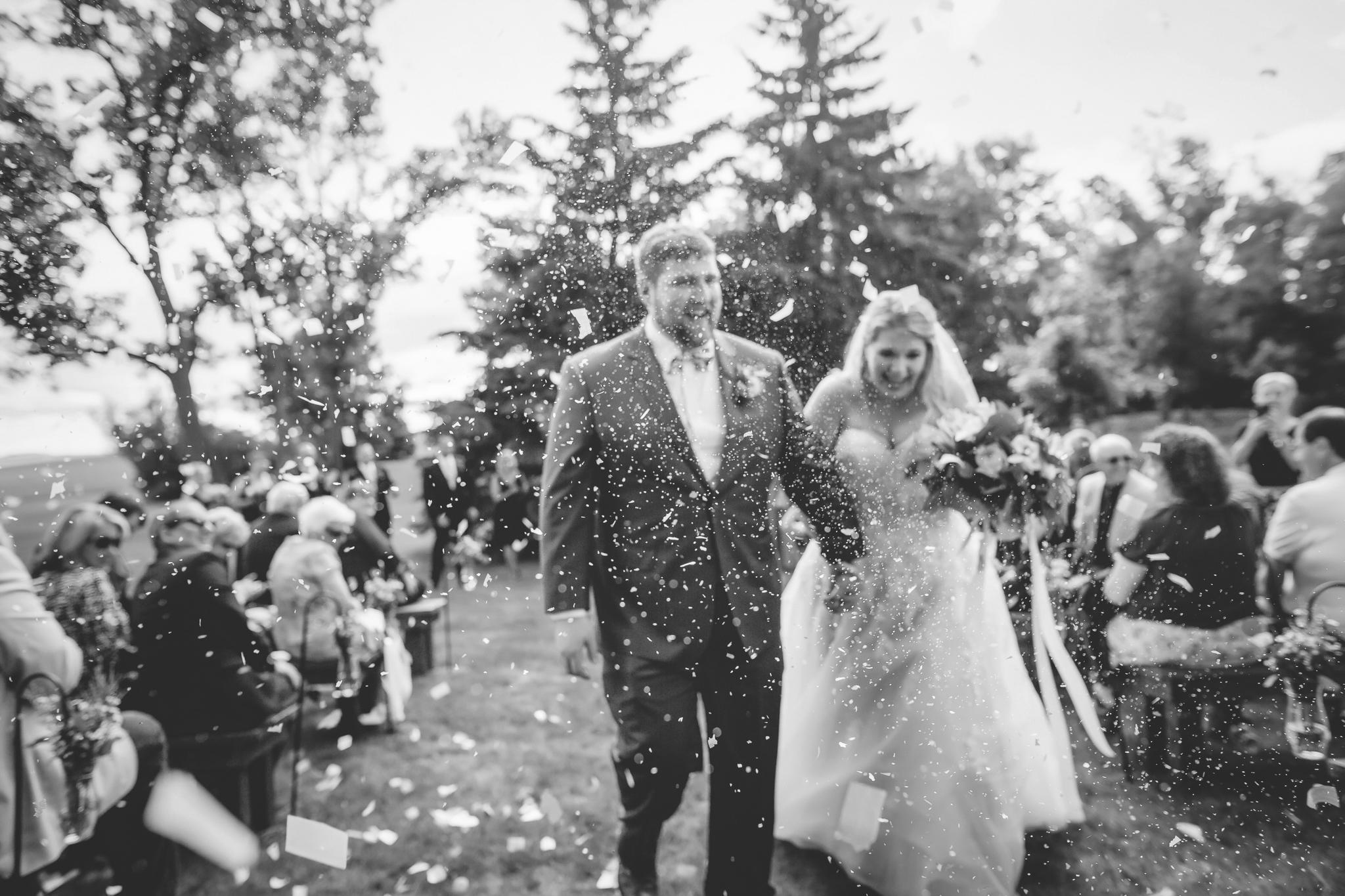 minnesota family farm outdoor wedding photographer-32.jpg