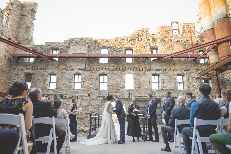 mill city museum minneapolis wedding photography-49.jpg