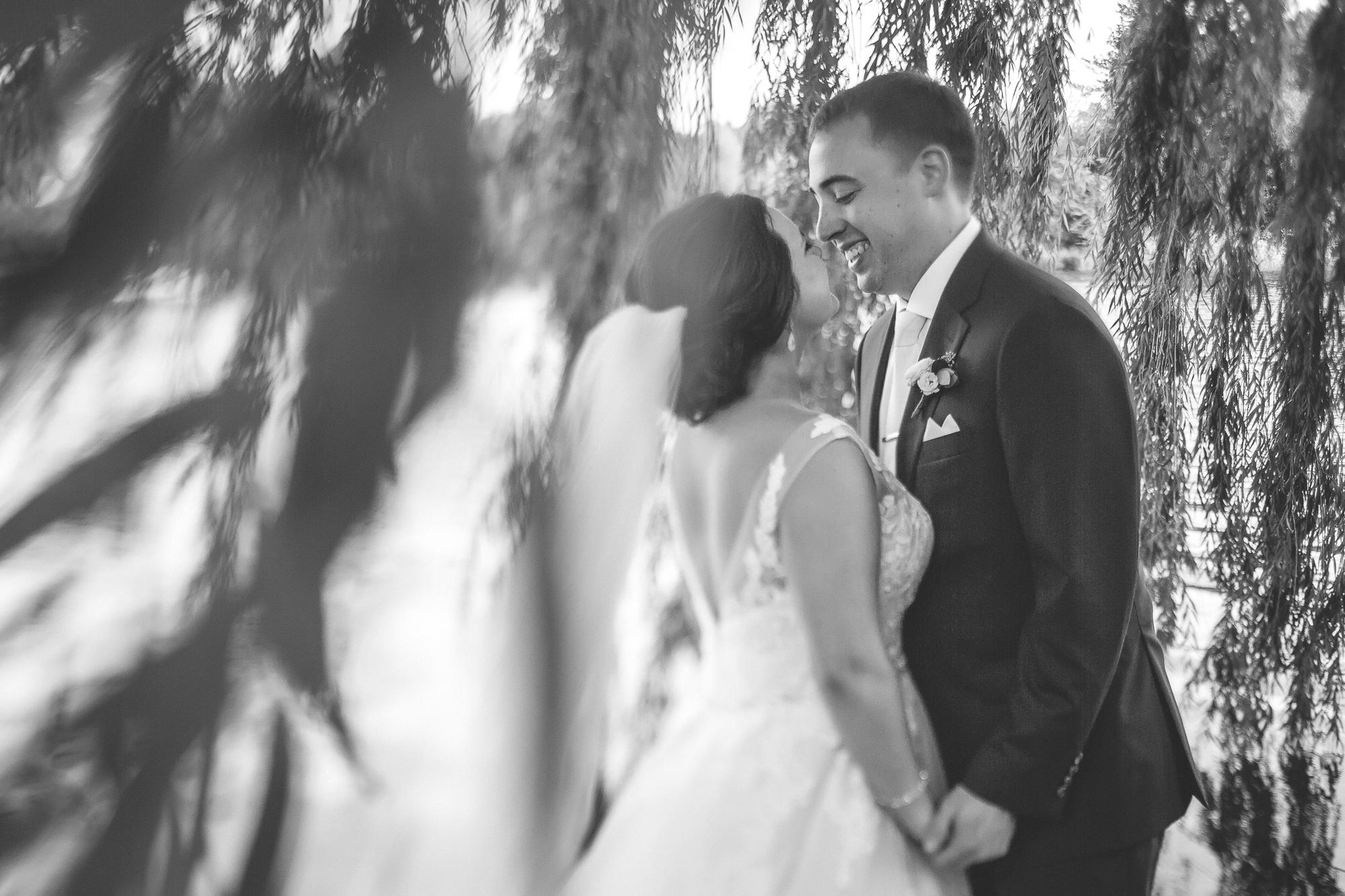 aria minneapolis wedding photography-35.jpg