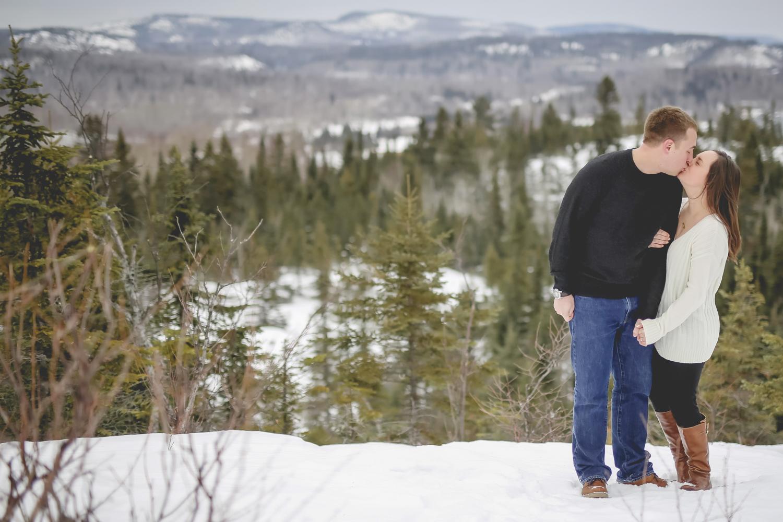 North Shore Duluth MN Palisade Head Engagement Photos-4.jpg