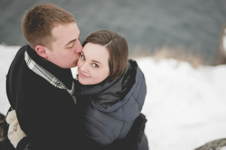 North Shore Duluth MN Palisade Head Engagement Photos-9.jpg