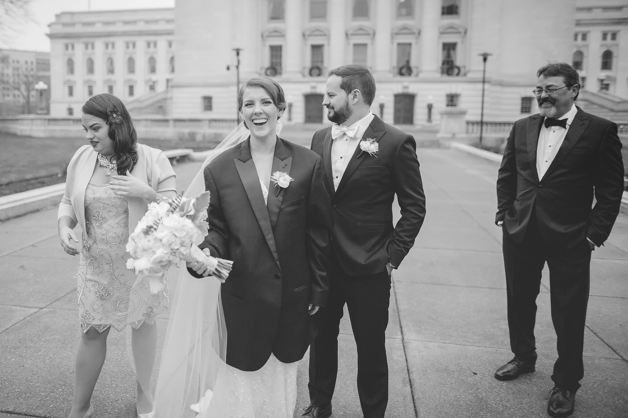 minneapolis winter wedding photographer-7.jpg
