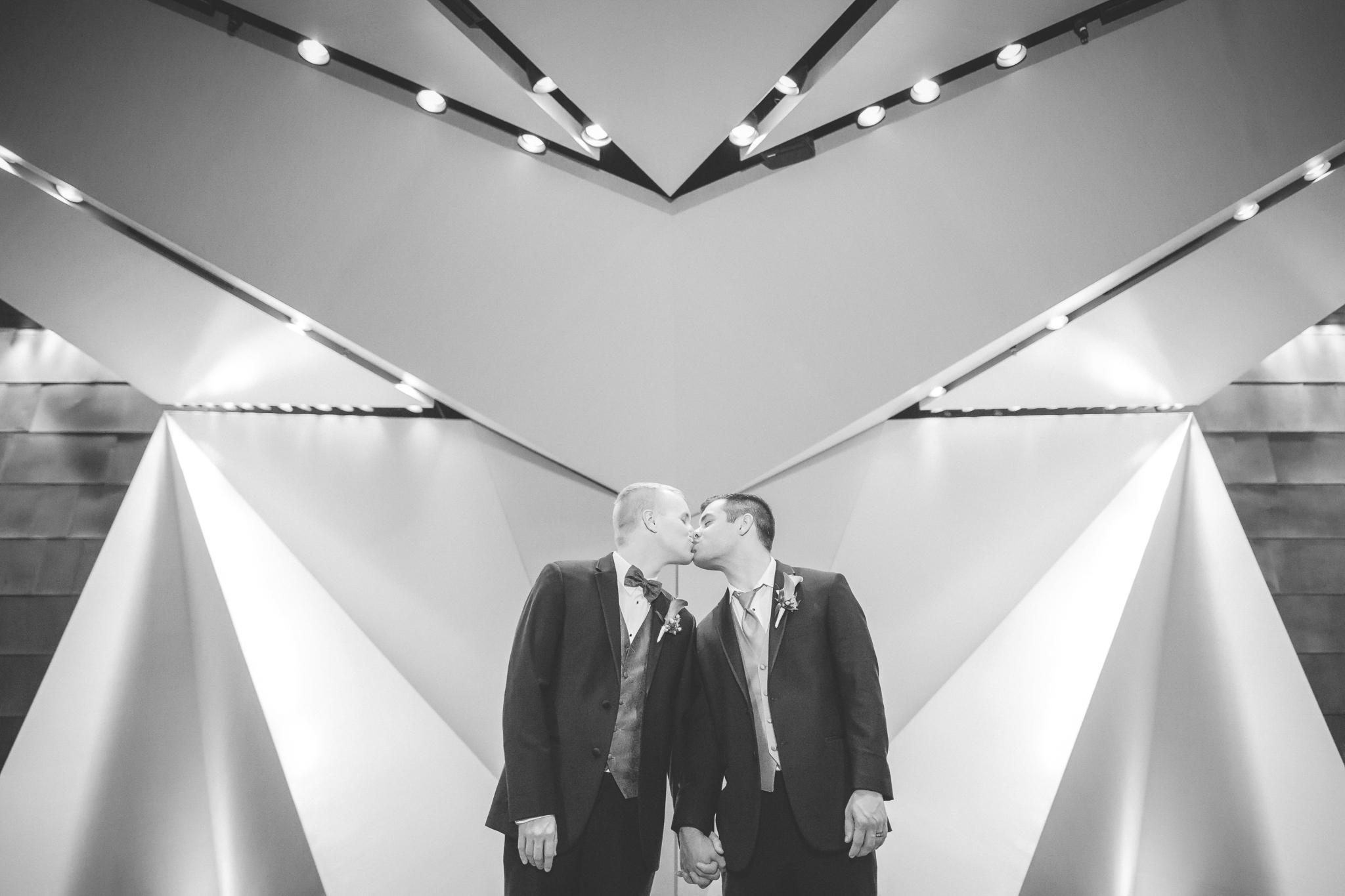 mcnamara alumni center minneapolis same sex wedding-27.jpg