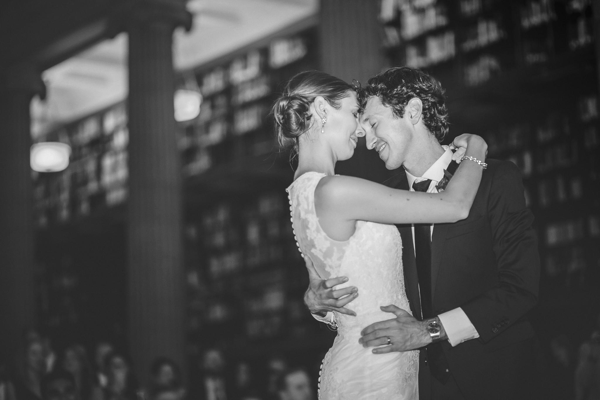 james j hill library wedding photography-30.jpg