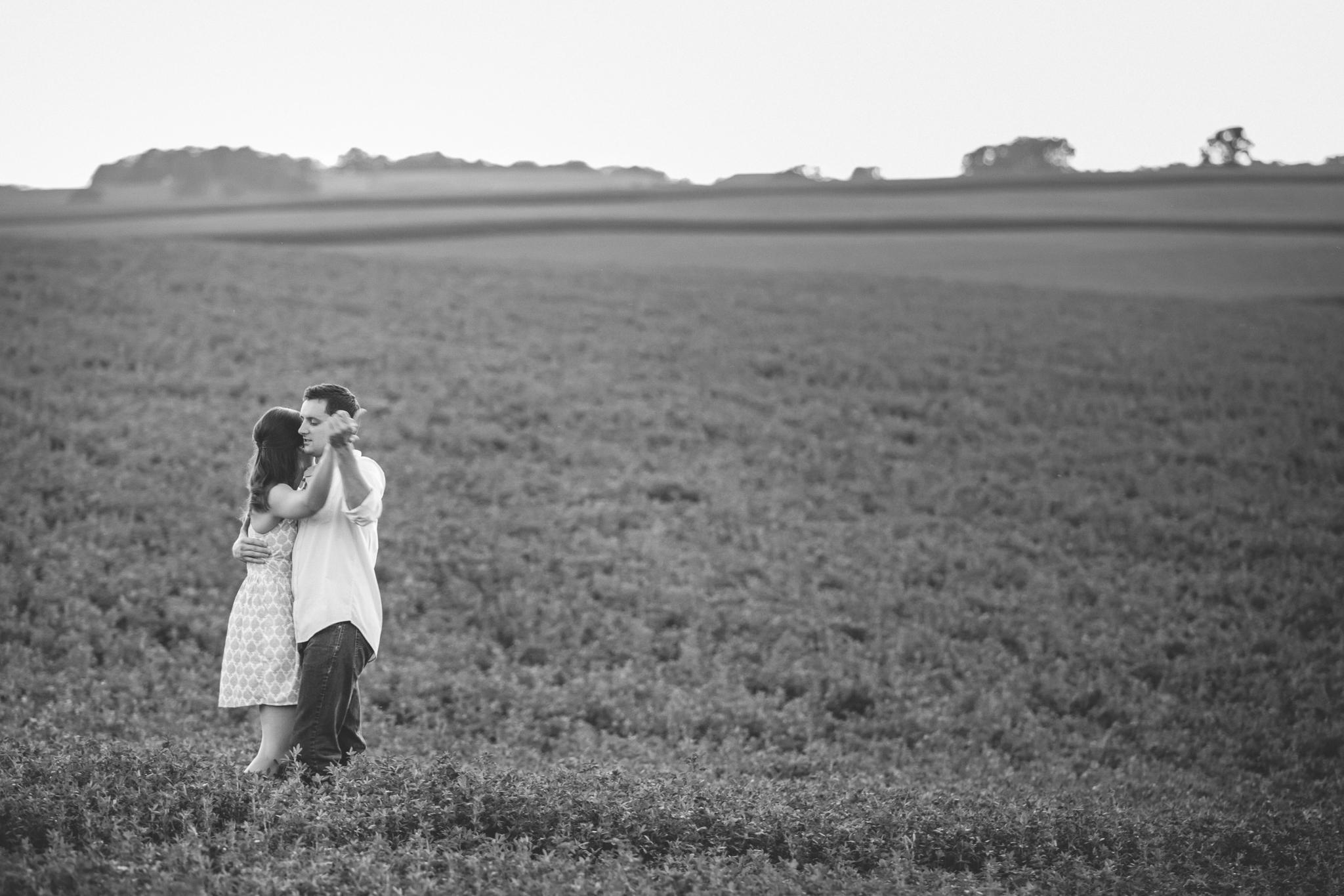 family farm engagement session-13.jpg