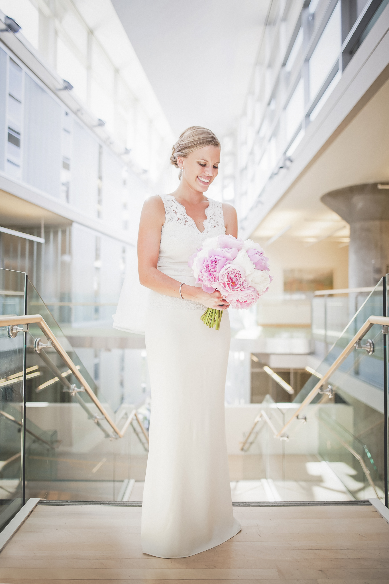 minneapolis central library mintahoe wedding photography-27.jpg