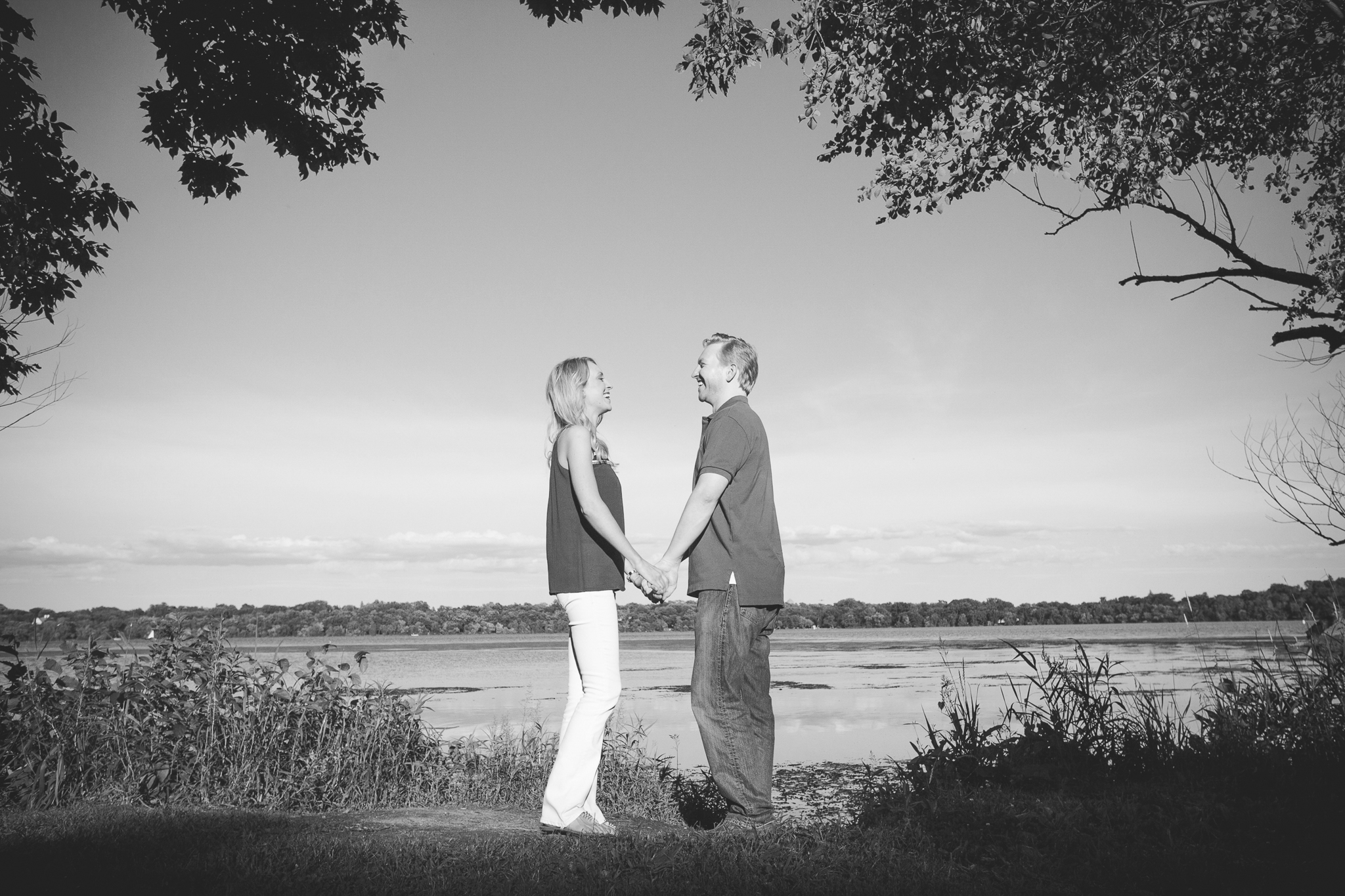 lake harriet minneapolis canoe engagement session-4.jpg