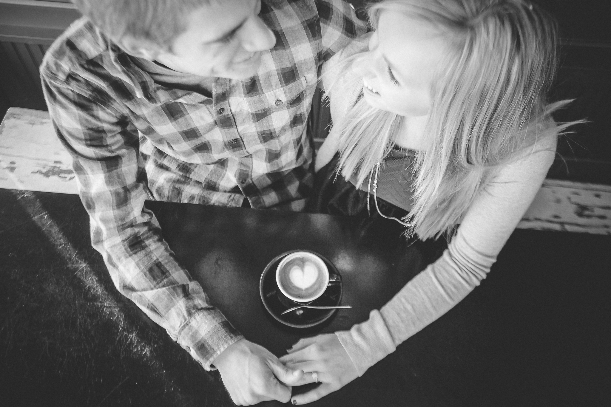 minneapolis coffee shop winter engagement session-2.jpg