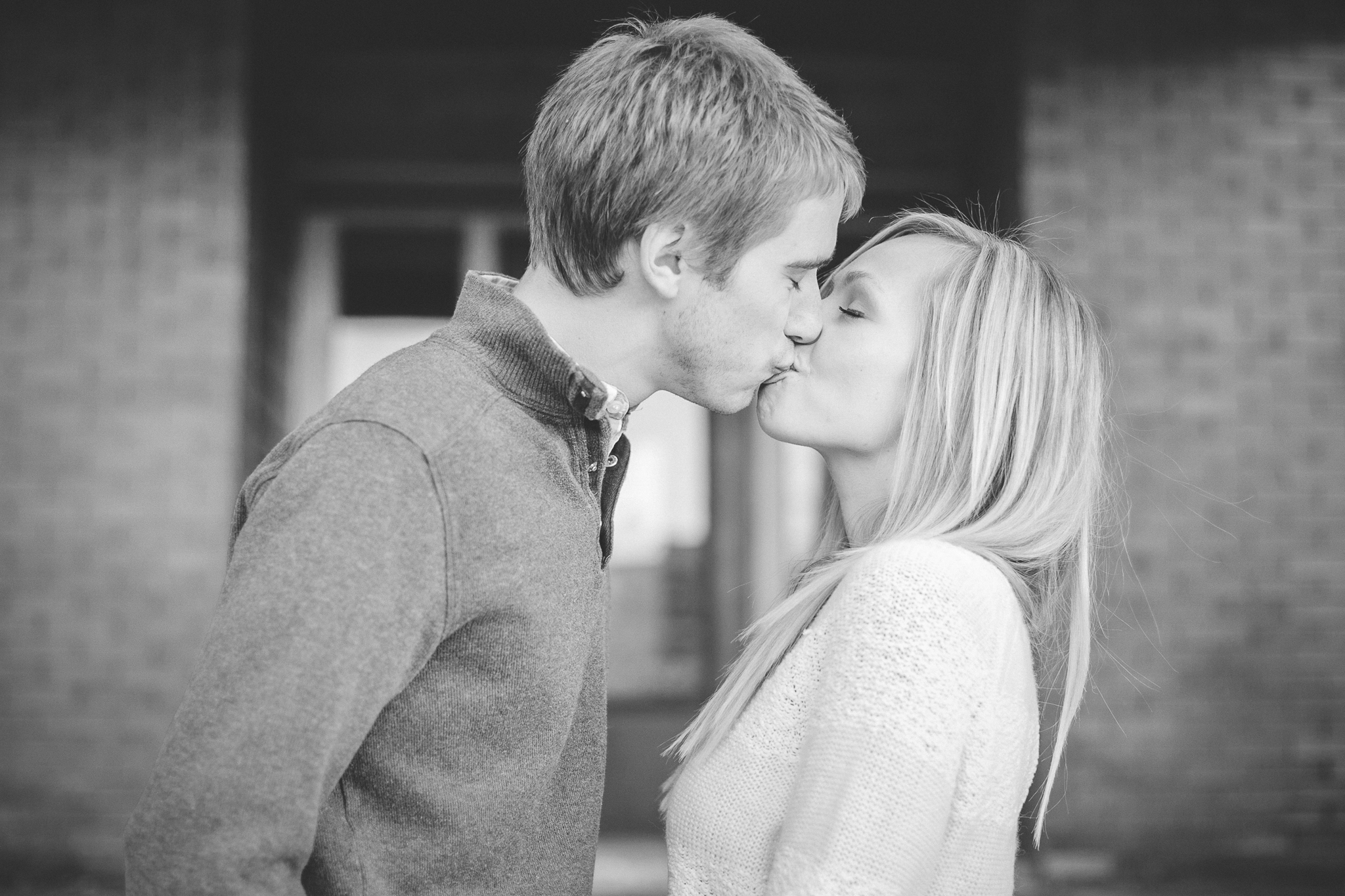 minneapolis coffee shop winter engagement session-5.jpg