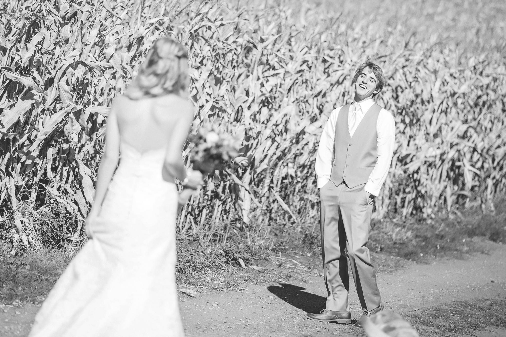 family farm minnesota wedding photography-7.jpg